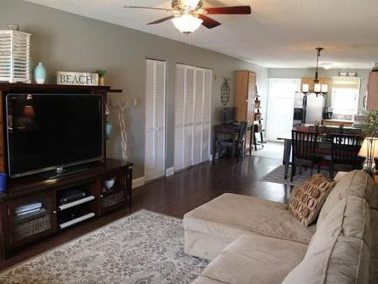 20 Fensmere Ave UNIT 20, Quincy, MA 02169