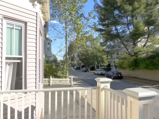 32 Central St APT 1, Beverly, MA 01915