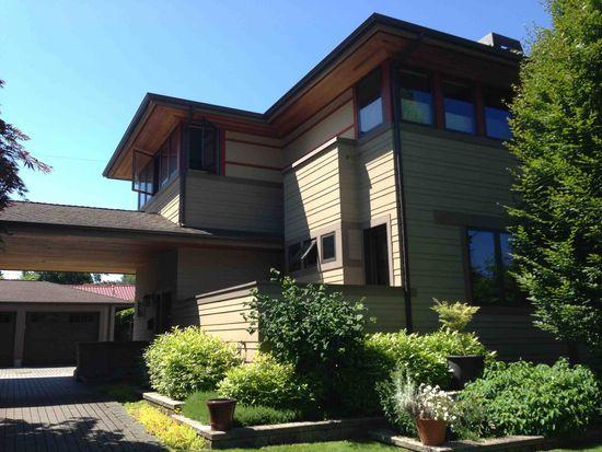 4013 NE 86th St, Seattle, WA 98115