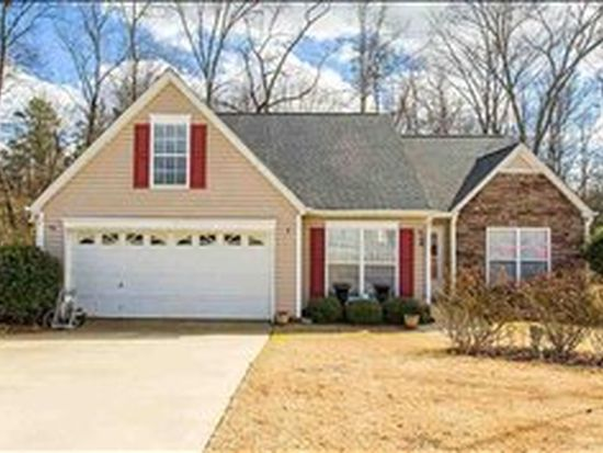 269 Dartmoor Dr, Spartanburg, SC 29301