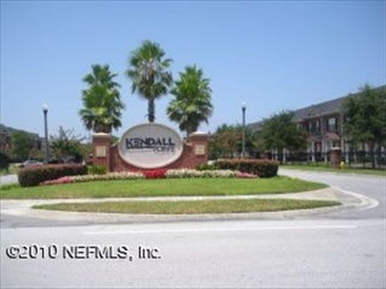 1512 Fieldview Dr, Jacksonville, FL 32225