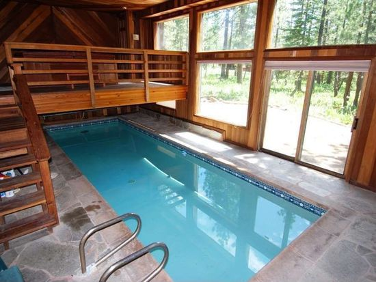 13285 Roundhill Dr, Truckee, CA 96161