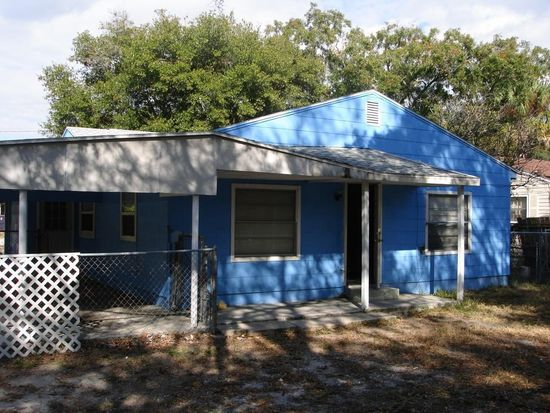 1901 E Mcberry St, Tampa, FL 33610