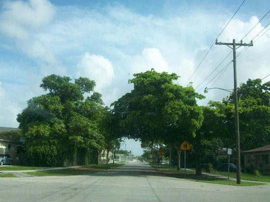 660 NE 139th St, North Miami, FL 33161