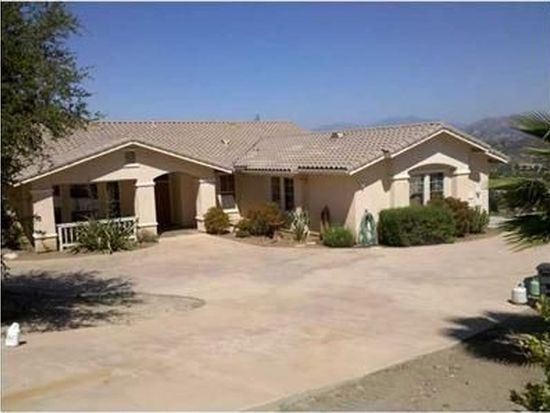 3165 Duck Pond Ln, Ramona, CA 92065