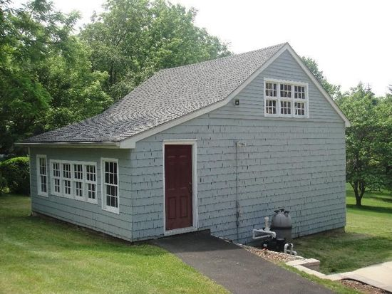 826 Walnut Ave, Hulmeville, PA 19047