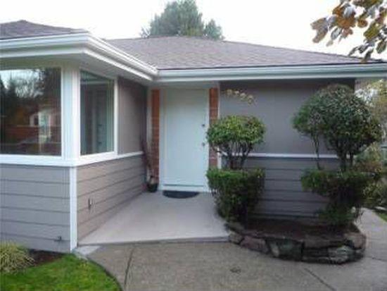 9720 15th Ave NE, Seattle, WA 98115