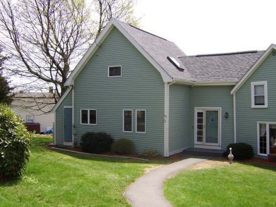 106 Bradstreet Ave, Danvers, MA 01923