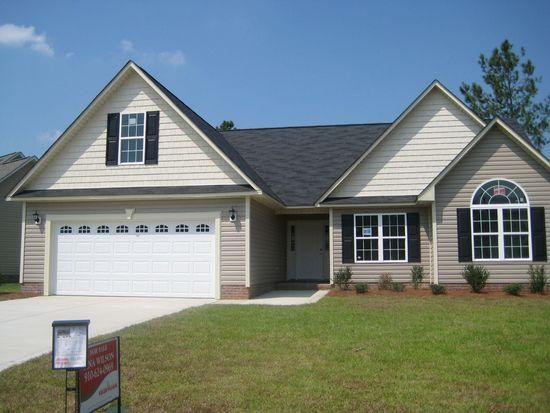 5634 Prestonfield Ln, Hope Mills, NC 28348