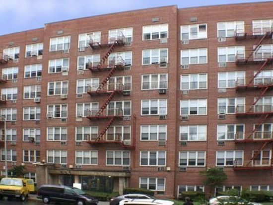855 E 7th St APT 2U, Brooklyn, NY 11230