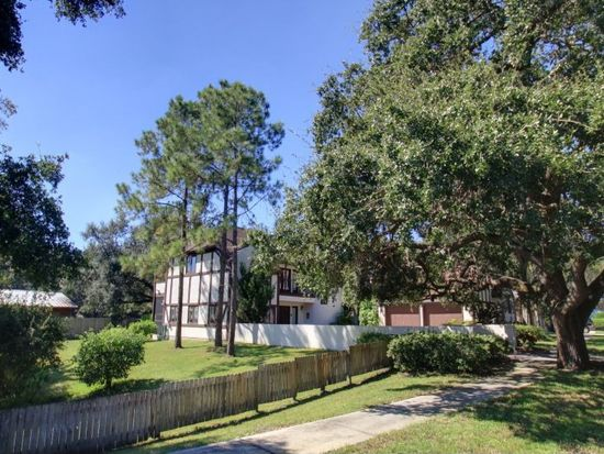 3081 Crest Dr, Clearwater, FL 33759