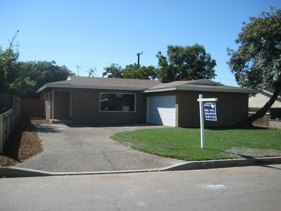 208 E Linfield St, Glendora, CA 91740