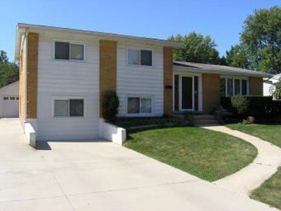 714 S Lodge Ln, Lombard, IL 60148