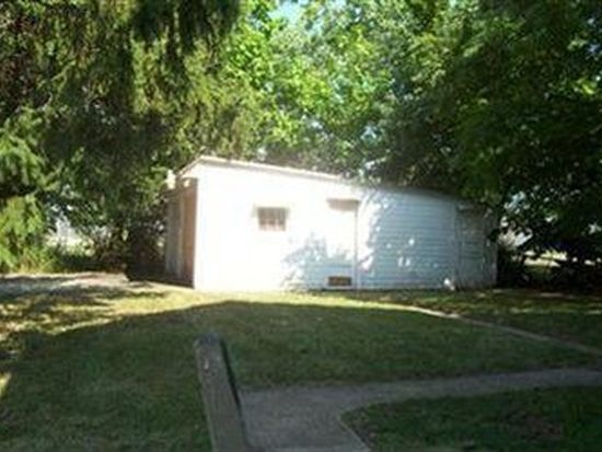 379 E 165th St, Cleveland, OH 44110