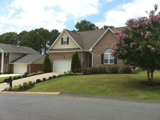 8424 Judy Dr, Fayetteville, NC 28314