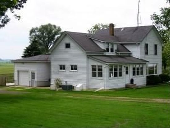 W141 Center Rd, Ripon, WI 54971