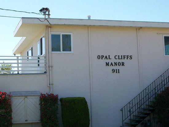 911 38th Ave APT 7, Santa Cruz, CA 95062