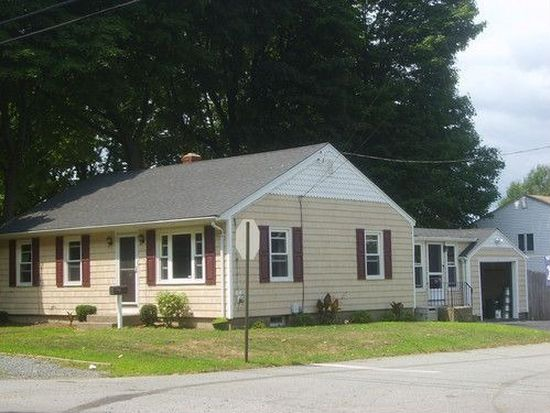 328 Roger Williams Ave, Rumford, RI 02916