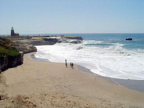 151 Surfside Ave, Santa Cruz, CA 95060