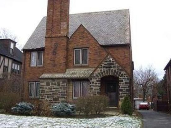 18016 Winslow Rd, Shaker Heights, OH 44122