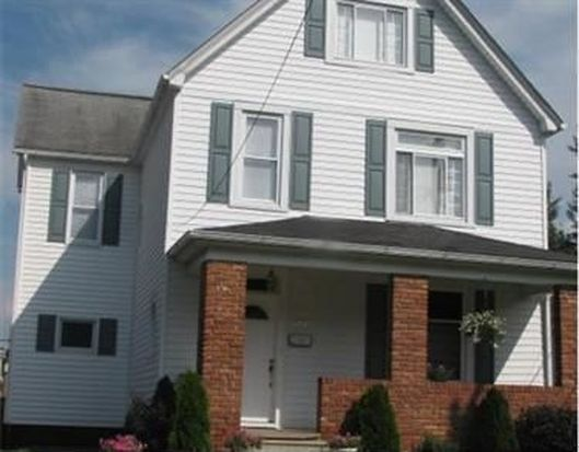 312 N 5th St, Youngwood, PA 15697