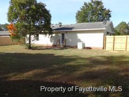 5969 Richfield Ave, Hope Mills, NC 28348