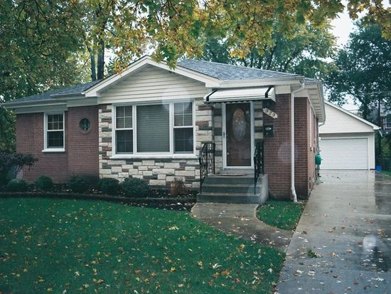 929 Newberry Ave, La Grange Park, IL 60526