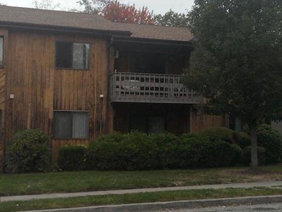 31 Riverview Dr, Bridgeport, CT 06606