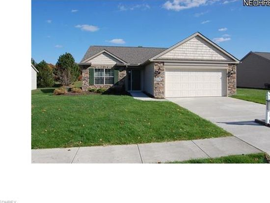 1708 Lake Forest Dr, Huron, OH 44839