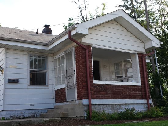 1407 Albany St, Beech Grove, IN 46107