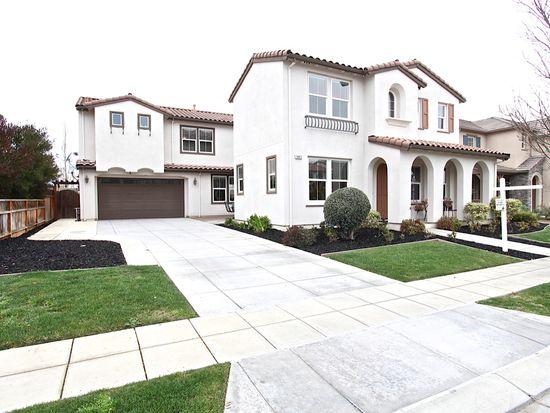 845 S Amor St, Mountain House, CA 95391