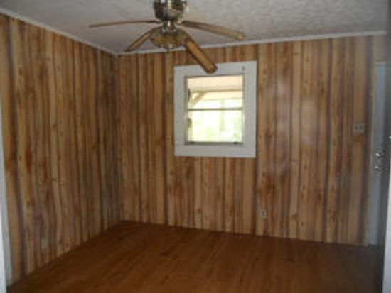 205 Dobson Rd, Purvis, MS 39475