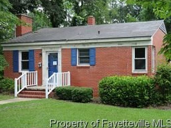 725 Poole Dr, Fayetteville, NC 28303