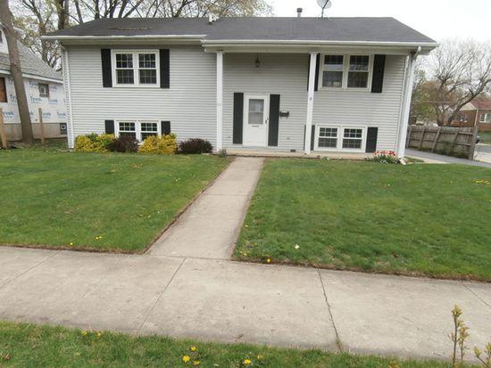 111 E Pine Ave, Bensenville, IL 60106