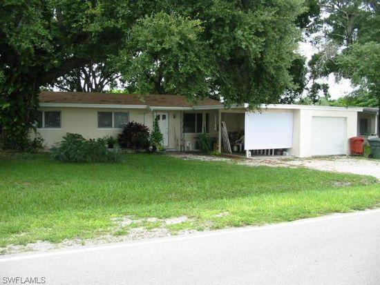 3995 Marvaez St, Fort Myers, FL 33901