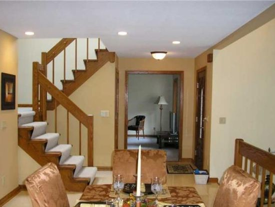 3485 Tanager Dr, Erie, PA 16506