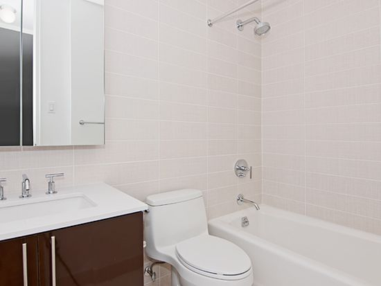 300 E 40th St APT 11J, New York, NY 10016