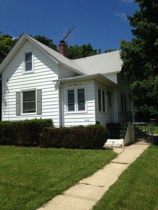 426 W Crystal Lake Ave, Crystal Lake, IL 60014