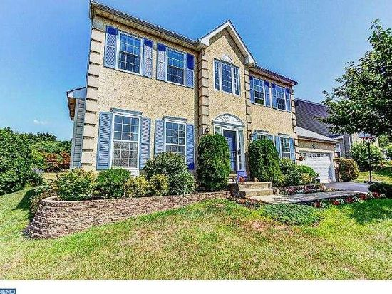 36 Woodly Dr, Royersford, PA 19468