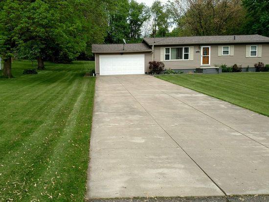 1723 Van Lynn Rd, Akron, OH 44306