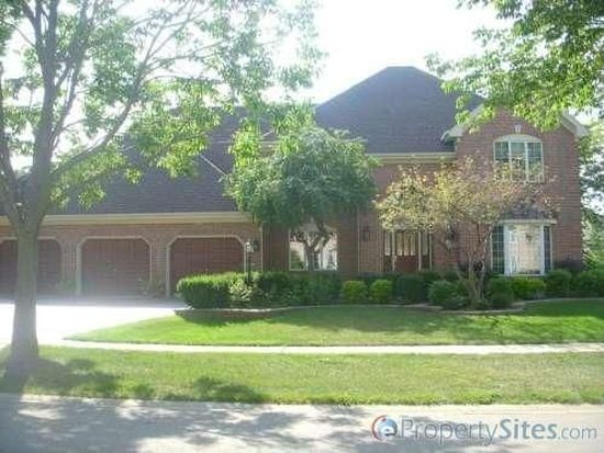 3102 Turnberry Rd, Saint Charles, IL 60174