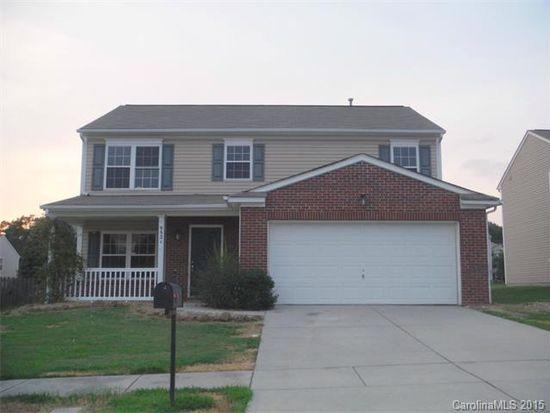 9521 Birchcroft Ln, Charlotte, NC 28269