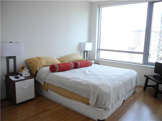 1 River Ter #19A, New York, NY 10282