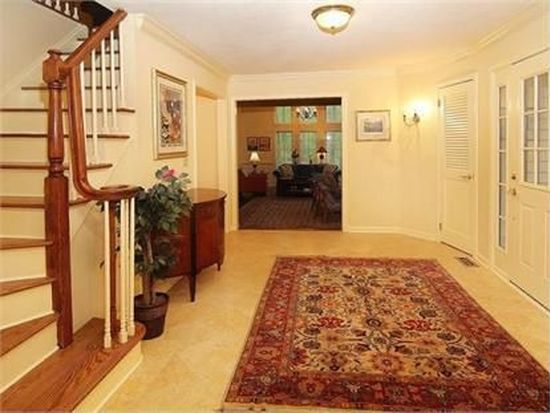 16 Forest View Dr, Chester, NJ 07930