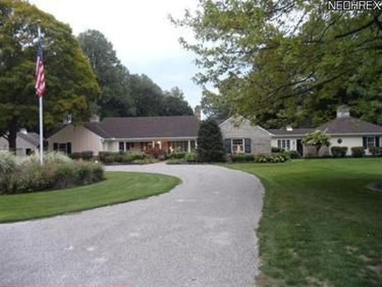 1670 County Line Rd, Gates Mills, OH 44040