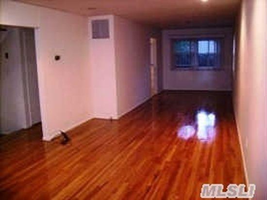 7 Prospect St, Great Neck, NY 11021