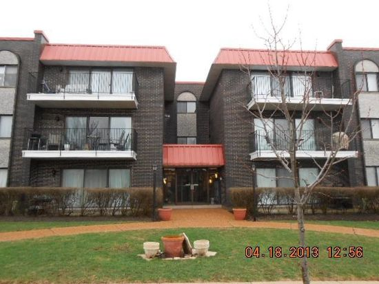 1255 W Prospect Ave APT 301, Mount Prospect, IL 60056