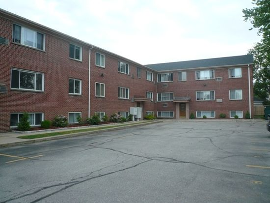 185 Norwood Ave APT 206, Cranston, RI 02905