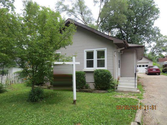 5N153 Oak Leaf Ct, Saint Charles, IL 60174