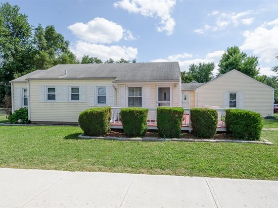 321 N Indiana St, Mooresville, IN 46158